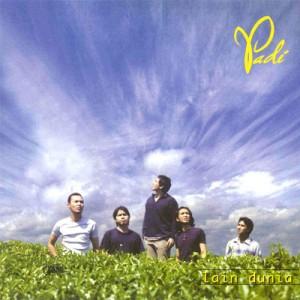 Album pertama Padi